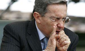 El presidente colombiano sufrió Gripe porcina... Y sigue vivo