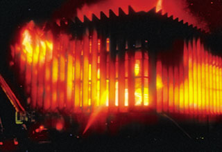 El Palacio de Justicia en llamas, obra de la guerrilla de Petro