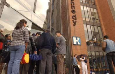 Caos en hospitales de Bogotá