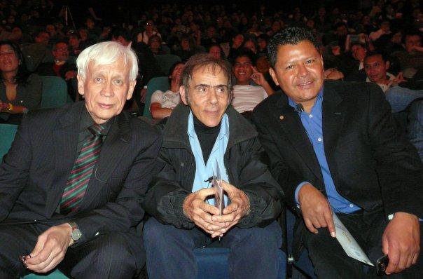 Rodolfo Llinás y los artistas Manzur y Jacanamijoy en el Festival de Arte y Ciencia para la convivencia