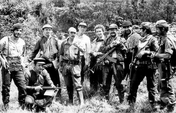 Algunos de los guerrilleros del M-19, autores de la masacre en Palacio de Justicia. Aquí están Antonio Navarro, Otty Patiño (segundo de izq a der.), Vera Grabe, entre otros