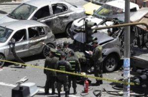 Escena del brutal atentado contra Fernando Londoño