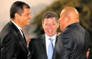 Rafael Correa, Juan Manuel Santos y Hugo Chávez, los nuevos mejores amigos