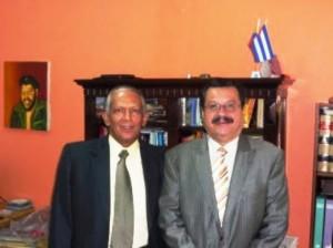 Eduardo Carreño, del Colectivo Alvear Restrepo, y Carlos Lozano. Figuras ilustres de la izquierda