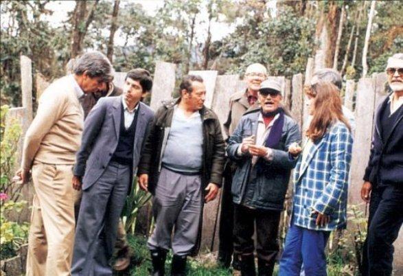 César Gaviria con Marulanda, Jacobo Arenas, Alfonso López M., Nohemí Sanín