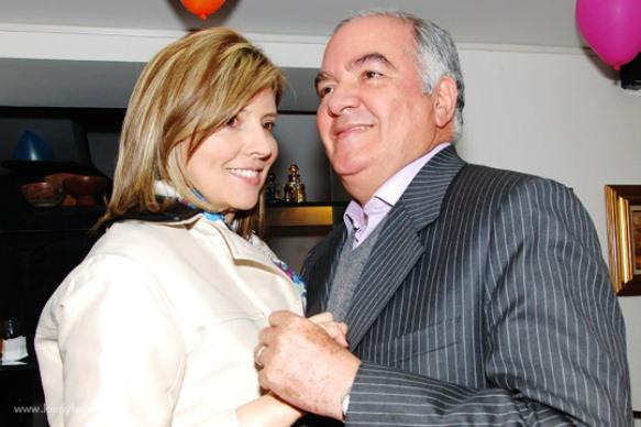 Adriana Guillén y su esposo, Edgardo Maya Villazón