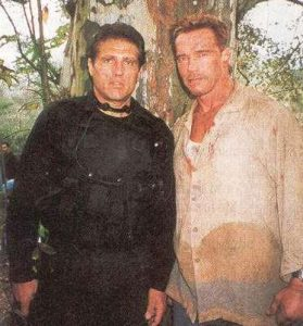 Rodrigo Obregón y Arnold Schwarzenegger