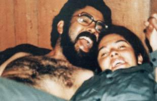 Cano y su amante. ¿Será la misma de la foto anterior? No sabemos