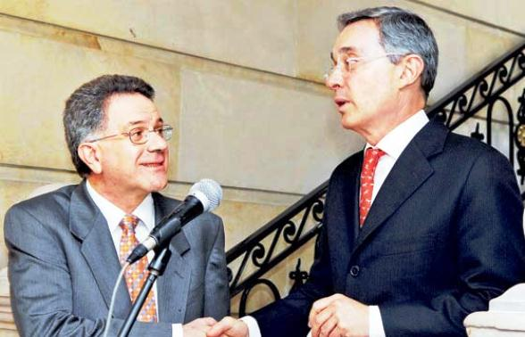 Luis Carlos Restrepo y Álvaro Uribe