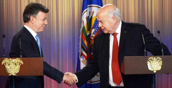 Juan Manuel Santos y José Miguel Insulza