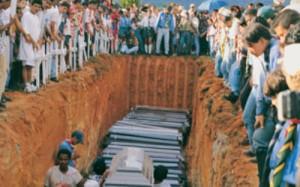 Masacre de Machuca cometida por el ELN. A De la Calle no le importaron estos y otros muertos. Estaba empecinado en otorgarles indulto y beneficios a los del ELN