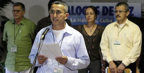 Rubén Zamora, uno de los voceros de las FARC