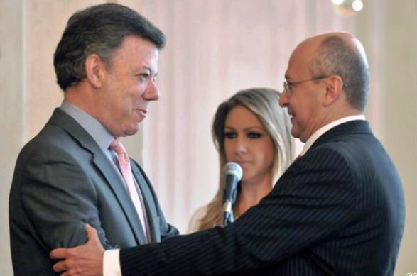 Juan Manuel Santos y el Fiscal General y contratista del Estado, Eduardo Montealegre