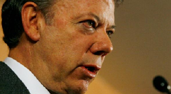 """Santos acepta por primera vez la condición de las Farc de que el primero en cesar el fuego y en parar toda actividad militar legítima debe ser el Estado """"burgués"""""""