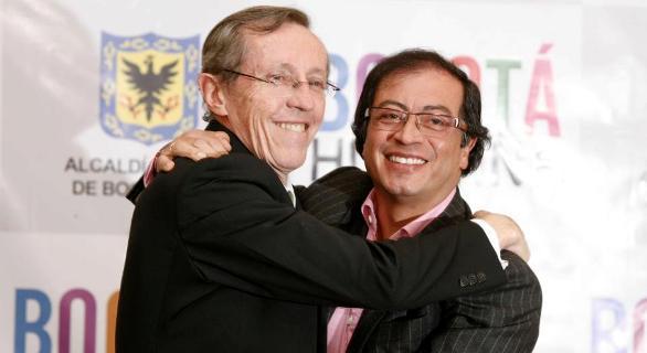 Navarro Wolf y Gustavo Petro, antiguos terroristas, hoy gobernantes en Colombia. Su banda M-19 sigue más vigente que nunca