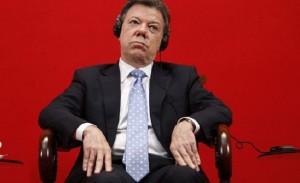 A Juan Manuel Santos ni lo quieren, ni lo respetan