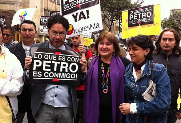 De un lado está Colombia, con sus ciudadanos e instituciones. Del otro está el comunismo, con su combinación de todas las formas de lucha