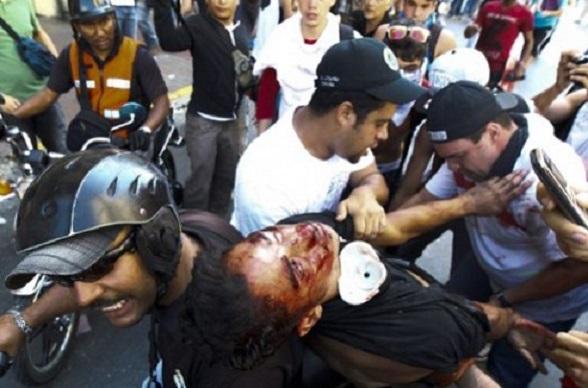 Las marchas contra Maduro en Venezuela dejaron varios muertos. Nadie responde