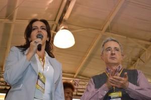 María Fernanda Cabal y Álvaro Uribe Vélez (Foto Periodismo Sin Fronteras)