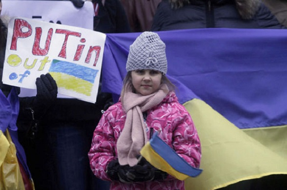 """""""Putin, fuera de Ucrania"""""""