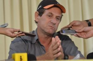 Padre de Adan Fick clama al EPP y a las FARC por la vida de su hijo