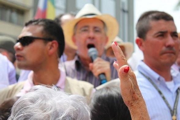 A consolidar la propuesta del Centro Democrático en las calles