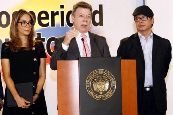 Gina Parody y Gistavo Petro, unidos en la campaña de reelección de Santos mientras el SENA queda arrasado