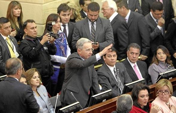 El ex presidente Álvaro Uribe Vélez, hoy senador de la República