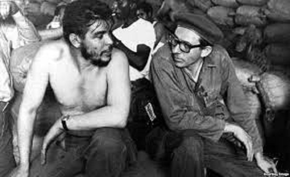 Orlando Borrego junto al Che Guevara