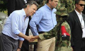 """Juan Manuel Santos siempre ha apoyado la impunidad para el narcoterrorismo """"guerrillero"""" que asesina y secuestra colombianos civiles y  militares"""