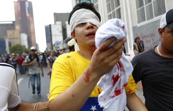 Los valientes estudiantes venezolanos que quieren recuperar la democracia en su nación