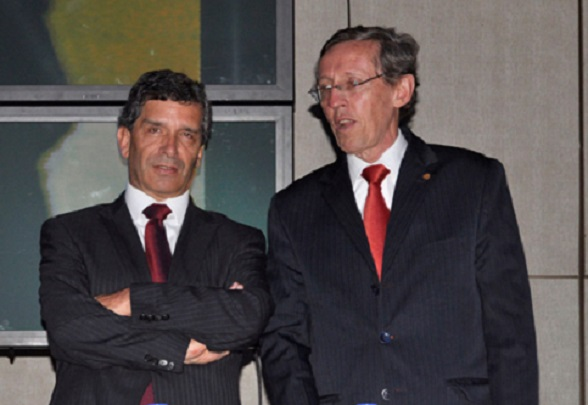 Rafael Pardo y Antonio Navarro Wolf, protagonistas del acuerdo de paz entre el gobierno de Gaviria y el M-19
