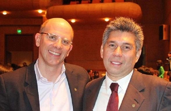 Daniel Coronell y su jefe en Revista Semana, Alejandro Santos, sobrino del presidente Juan Manuel Santos