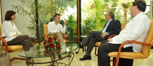 Juan Manuel Santos y Raúl Castro definen política de impunidad para las FARC
