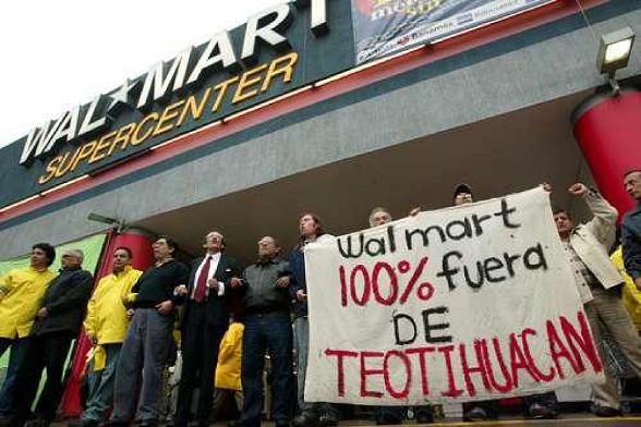 Protestas por proyecto de Walmart en Teotihuacan, México