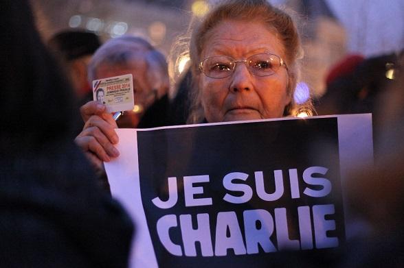 Vigilia por el asesinato de los periodistas de Charlie Hebdo