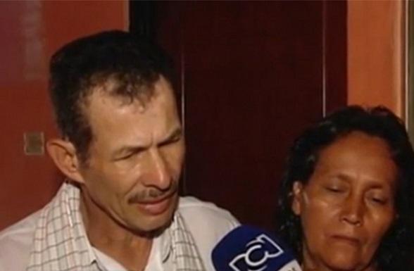 Jairo Vanegas y Victoria Grimaldo, padres de los niños asesinados