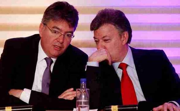 Mauricio Cárdenas y Juan Manuel Santos