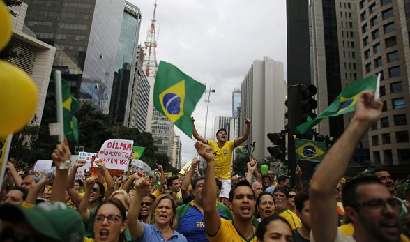Indignación total contra Dilma