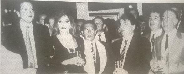 Fernando Carrillo departiendo en una fiesta junto al capo Justo Pastor Perafán