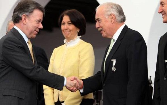 """Juan Manuel Santos le da la bienvenida a Andrés Pastrana a la """"Comisión asesora de Paz"""""""