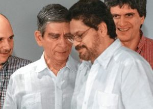 General Mora Rangel y el terrorista Iván Márquez. Los nuevos mejores amigos