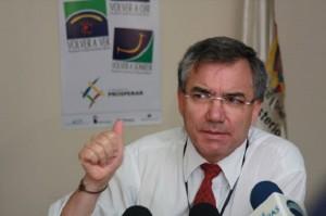 El ex ministro Diego Palacio