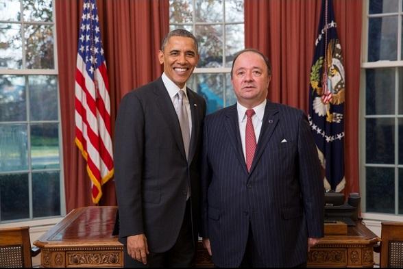 Luis Carlos Villegas, como embajador de Colombia en USA, y el presidente Obama