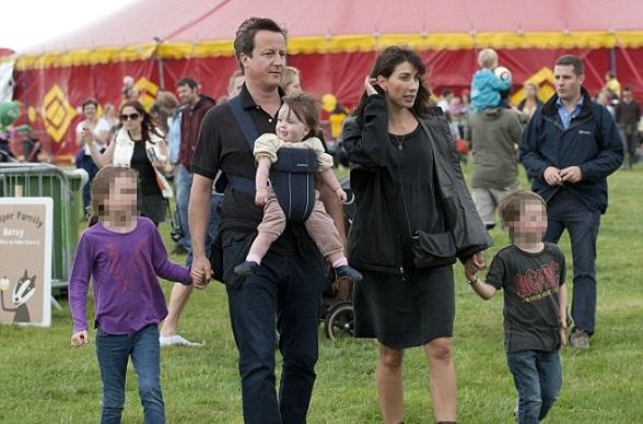 David Cameron y su familia. El Reino Unido votó por los valores conservadores