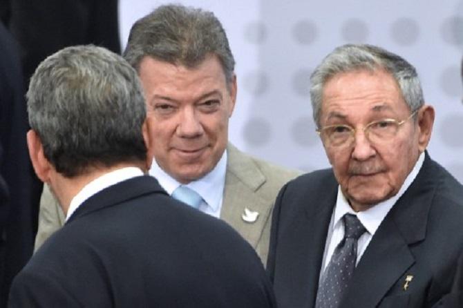 Juan Manuel Santos y Raúl Castro