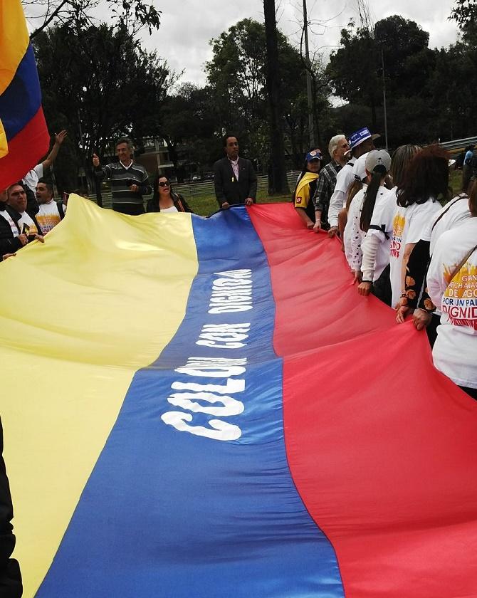 Bogotá. Los residentes en el exterior se hicieron presentes en la ciudad (Foto Zoilo Nieto)