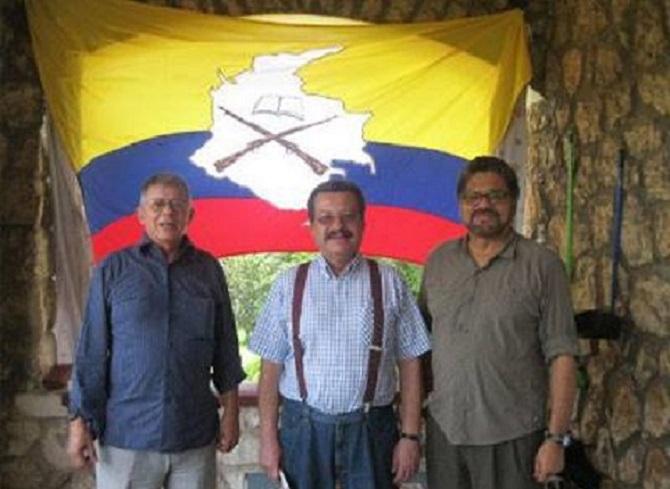 Carlos Lozano, Ivan Márquez, Ricardo Téllez