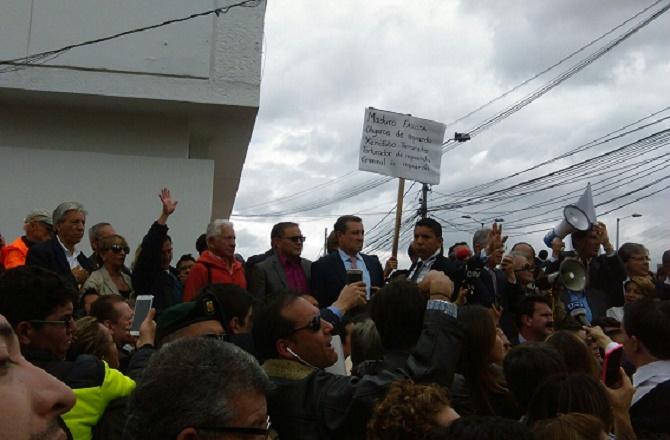 Algunos congresistas del Centro Democrático acompañaron al ex presidente Álvaro Uribe Vélez