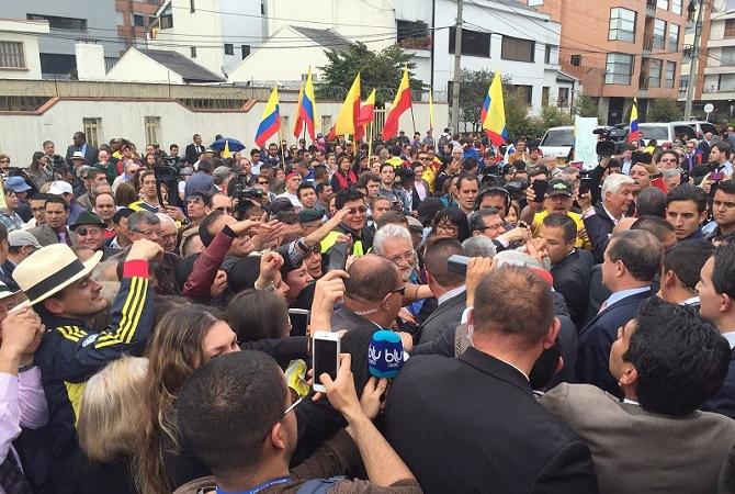 Presente, presente, presente..! dijeron los colombianos